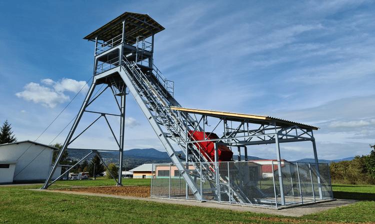 Obnova rudniškega izvoznega stolpa v Tris Kanižarica