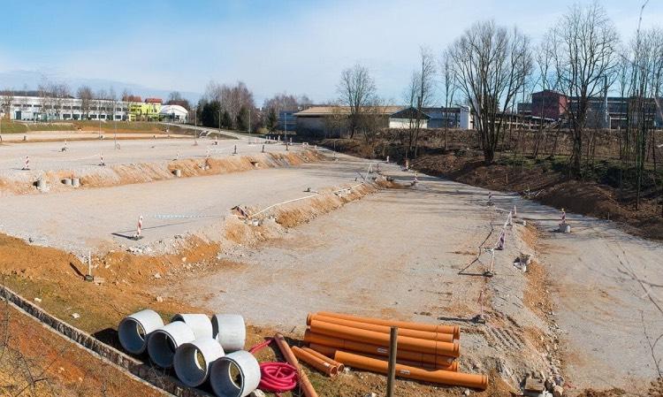 Izgradnja parkirišča Akrapovič Črnomelj